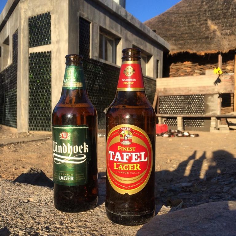 Namibia Tafel für wenig Windhoek für viel
